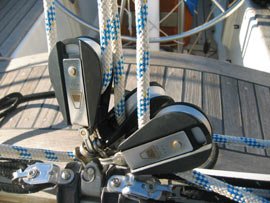 A busy looking mainsheet problem