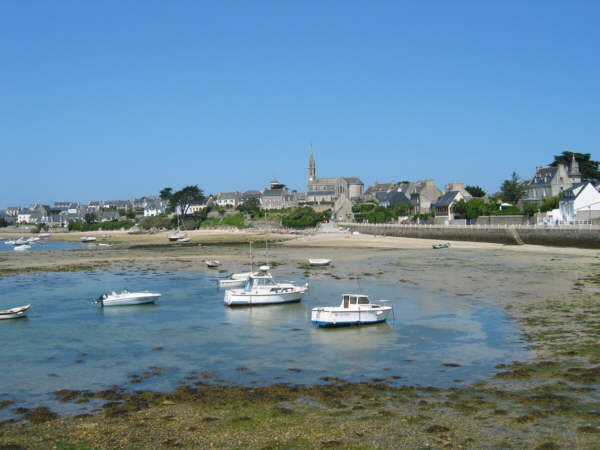 Tide's out on Isle de Batz