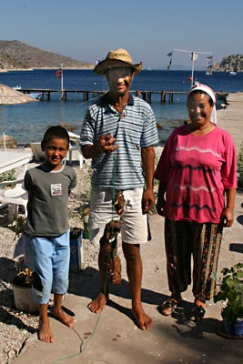 Sengül with fisherman with lobster with kid