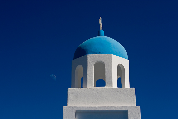Yes, it's rather cliche but a travelogue of Greece wouldn't be complete without one!