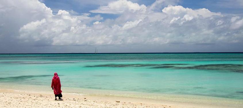 Esper on the horizon, Maldives