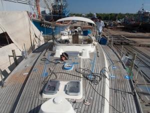 Esper's bare deck