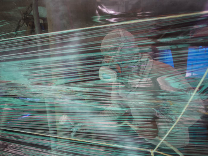 Spraying the clingfilm