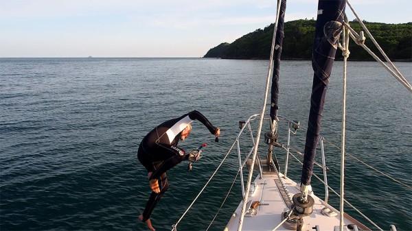 Jamie scares the aquatic life