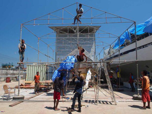 Erecting framework for Esper's tent